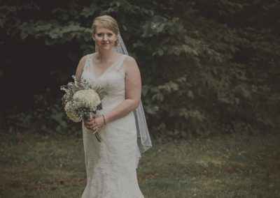 Minnesota Bride with Flowers